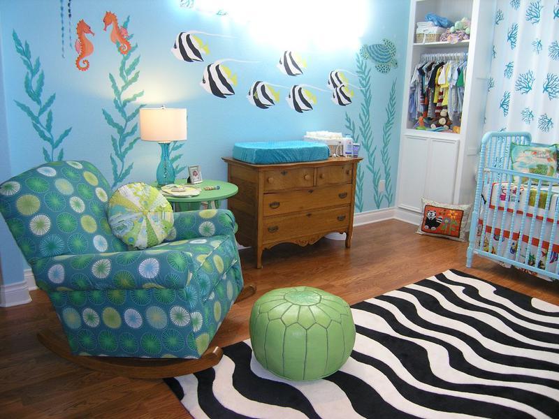 Children 39 s murals nursery murals baby room wall murals for Cuartos para ninas decorados
